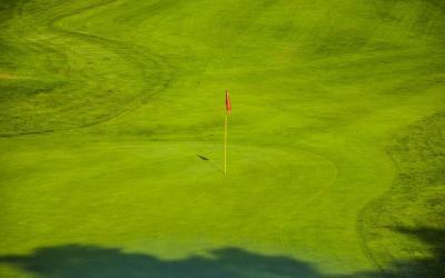 6 bonnes raisons de participer à un tournoi de golf